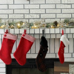 Rustic and Chic Christmas Mantle