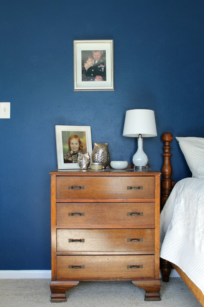 Navy Amp Gold Guest Bedroom Reveal Ashley Nicole
