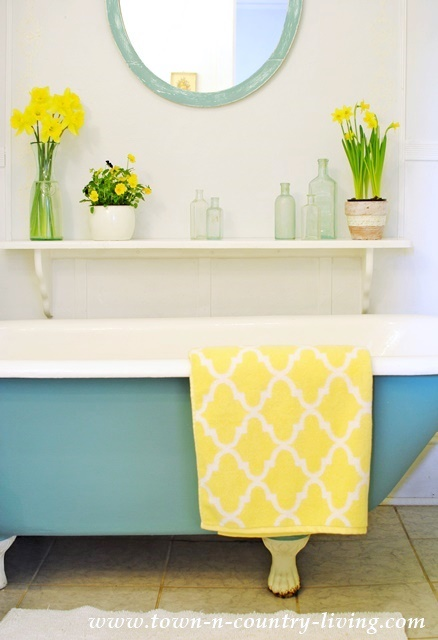 10 Amazing DIY Bathroom Ideas