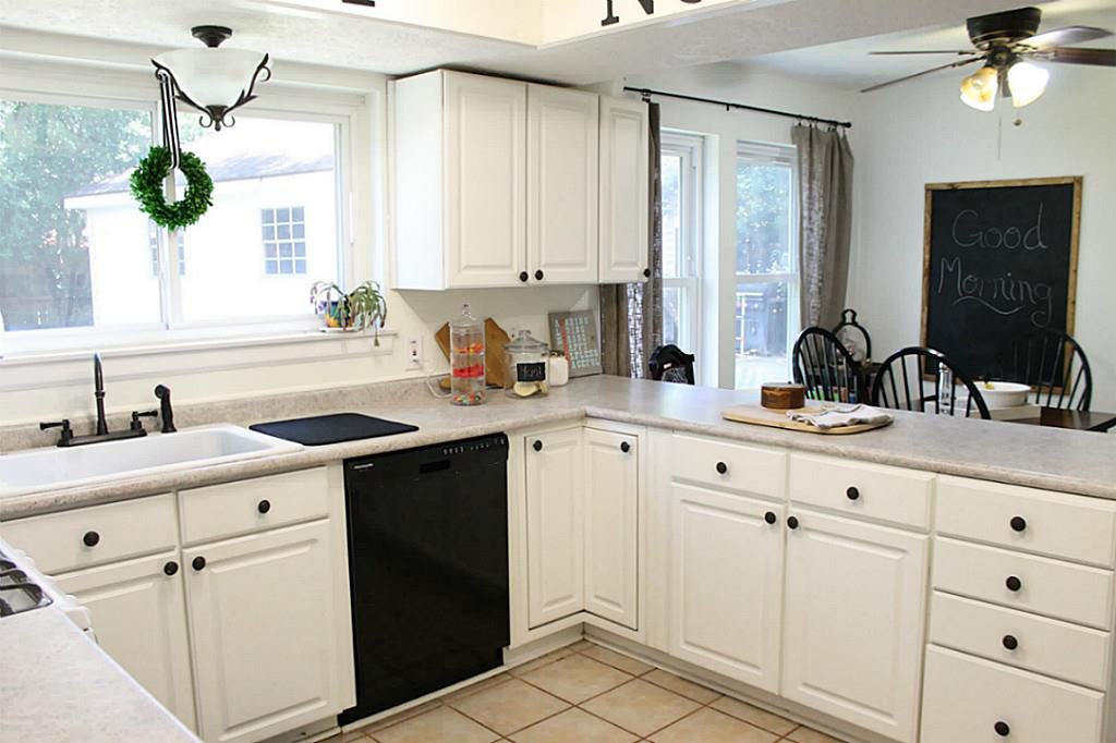 Kitchen in a Traditional Home Tour with Farmhouse Flair